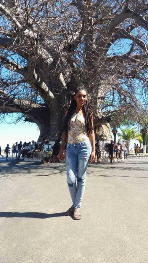 Photo Genevieve #1