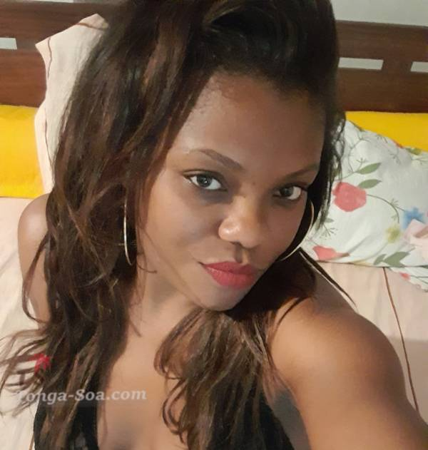 Je suis une femme qui cherche un homme pour une relation sérieuse et durable