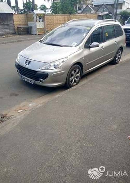 Peugeot 307 sw phase 2 a louer