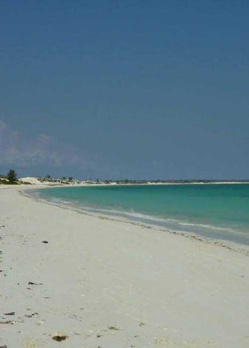 Beau terrain au bord de Mer Sur Andravona TULEAR