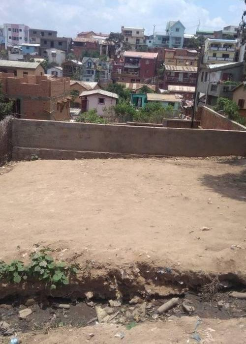 Terrain à vendre à Ambatomaro - Antananarivo