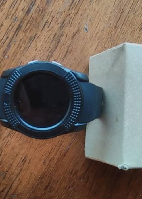 vends montre swatch et mini projecteur vidéo