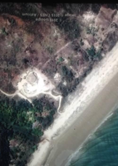 Vends premier plan villa bord de mer Mahajanga