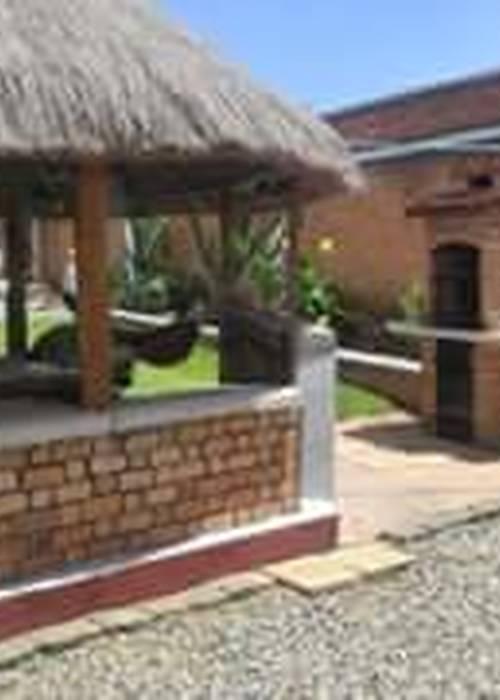 villa entière équipée, maisonnettes, chalet, piscine, à vendre pour cause départ