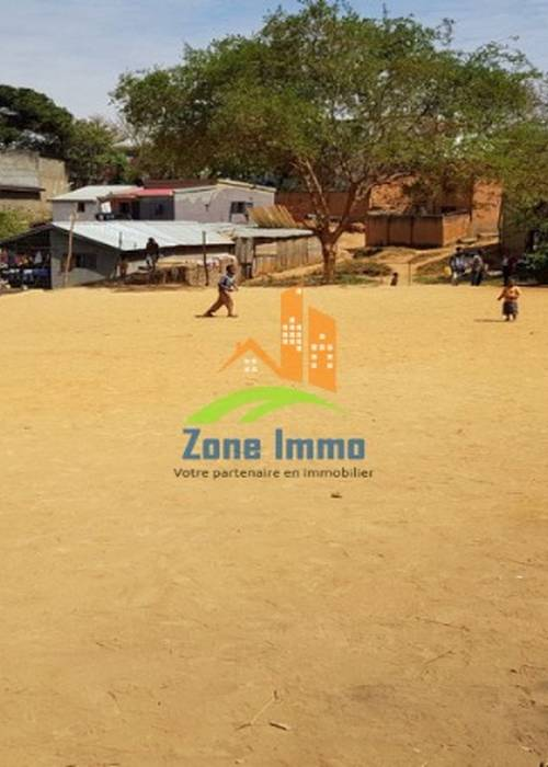 Terrain de 600m² à Ambatobe, Zone Immo-20-0124.