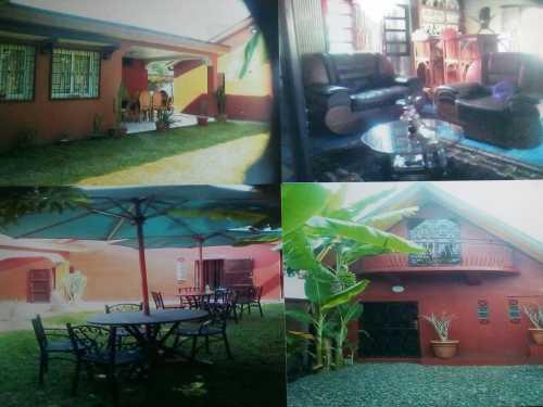 A vendre 3 Villas meublé à Moramanga ville